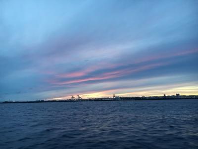 那覇港の夜明け