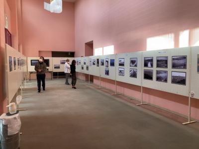 琵琶湖大橋写真展 会場