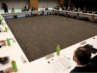 新型コロナウイルス感染症対策専門家会議