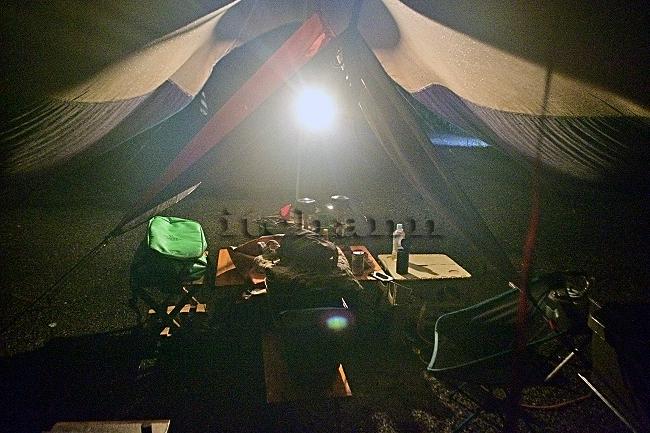 何がなんでもキャンプだし 久保キャンプ場 デイジーチェーン ネビュラチェーン 長さ 調整 テンマク マウンテンマニア ブラックダイアモンド キャンプ用 オールウェザーブランケット