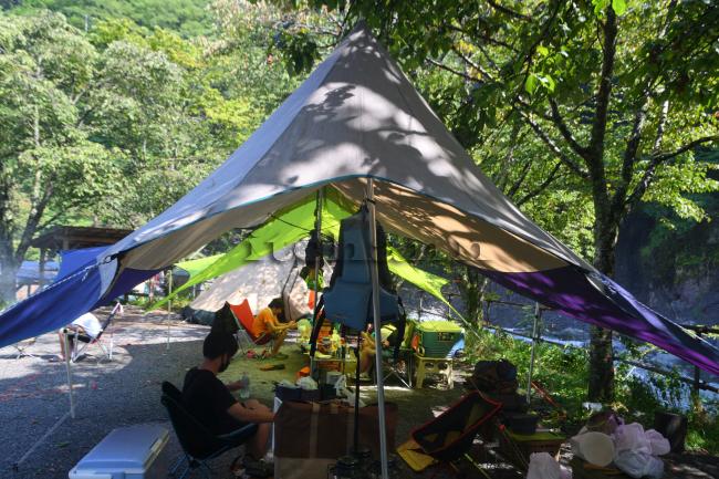 何がなんでもキャンプだし 道志川 緊急事態宣言 新型コロナ キャンプブーム 亡弟 最後に見た清流 トイプードル ココア キャンプ犬 キャンプ総括
