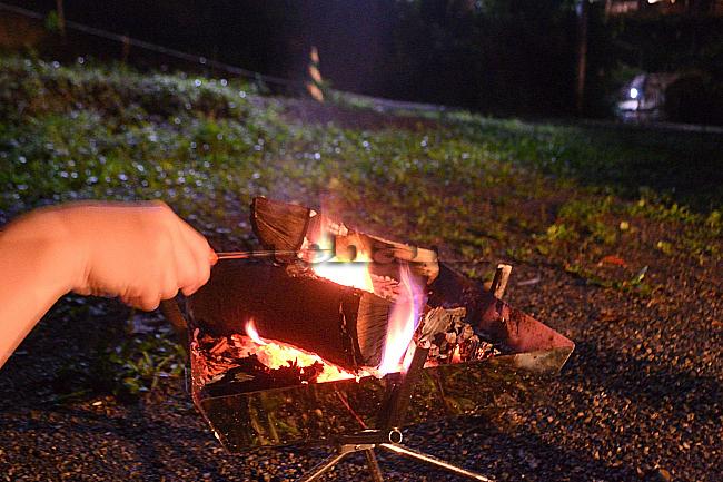 何がなんでもキャンプだし 久保キャンプ場 パイの実 炙り マシュマロ 撤収 チェックアウト デイキャンプ 川遊び ピットスタート 急勾配
