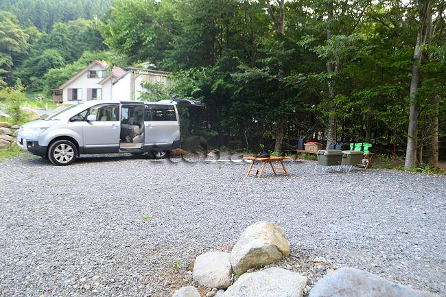 何がなんでもキャンプだし デリカ D:5 軽 中古車 ボンゴフレンディ ジムニー エブリィ リフトアップ 三菱 仕事 キャンプ