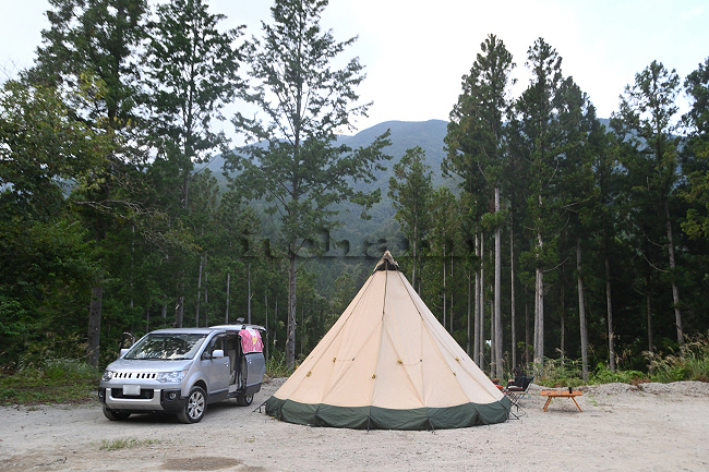 何がなんでもキャンプだし オートキャンプfuzibisou テンティピ タトンカ 3TC コクーン TC VC ポリコットン ヒューナースドルフ 椿荘