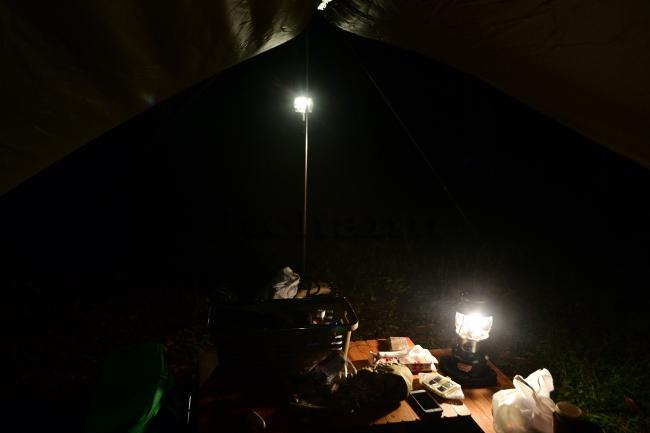 何がなんでもキャンプだし せせらぎ荘キャンプ場 POST GENERAL ポストジェネラル ハングランプ LED 幕内灯 ポリカーボネード 割れない 電球