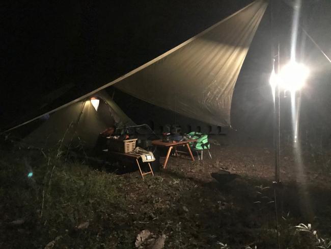 何がなんでもキャンプだし せせらぎ荘キャンプ場 料金 安い ニトスキ 非オートサイト 忘れ物 コンビニ アヒージョ 芭蕉月待ちの湯 温泉