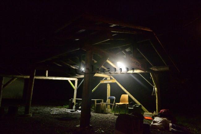 何がなんでもキャンプだし 室久保グリーンパーク 道志の森 空いている 水之元 ラビット オートキャンプせせらぎ 満員 テンティピ アイアンストーブちび 薪スト