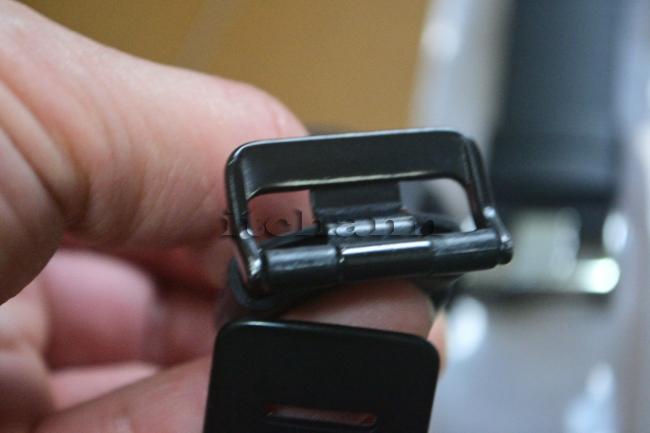 何がなんでもキャンプだし スント コア ベルト 交換 精密ドライバー Apple Watch スマートウォッチ バッテリー 充電 iPhone