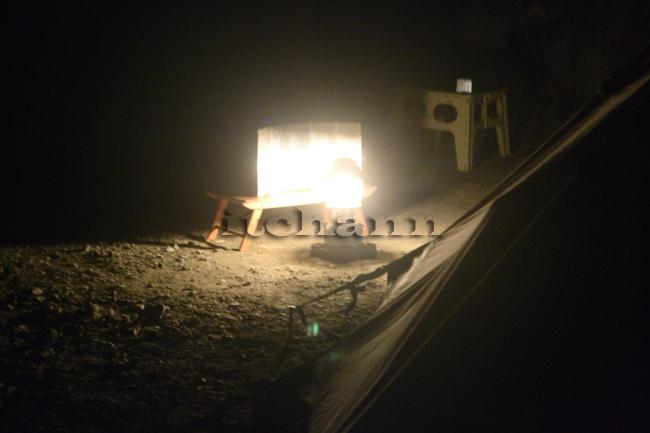 何がなんでもキャンプだし 久保キャンプ場 ソロ キャンプ 渋滞 年末 コロナ テンティピ ウインドシールド ランタン 反射板