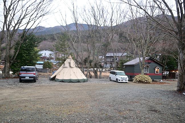死体遺棄事件 キャンプ場