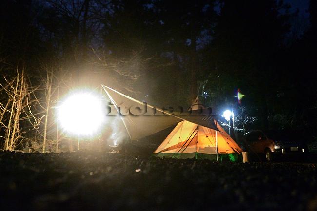 何がなんでもキャンプだし ニュー田代オートキャンプ場 トイプー ココア キャンプ犬 炭火焼き鶏ももステーキ キャンプというプレジャー 共有 パウダースペース パウダールーム シャワー