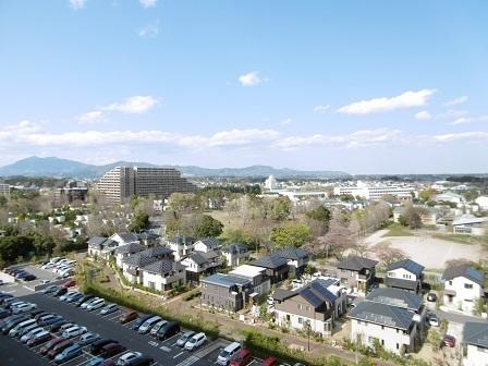 ウエリス11階玄関北側からの眺望
