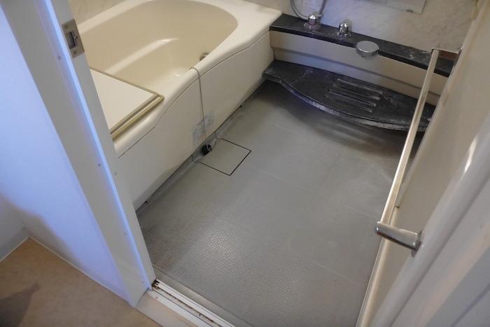 R2,1120バスルーム,浴室クリーニング前1