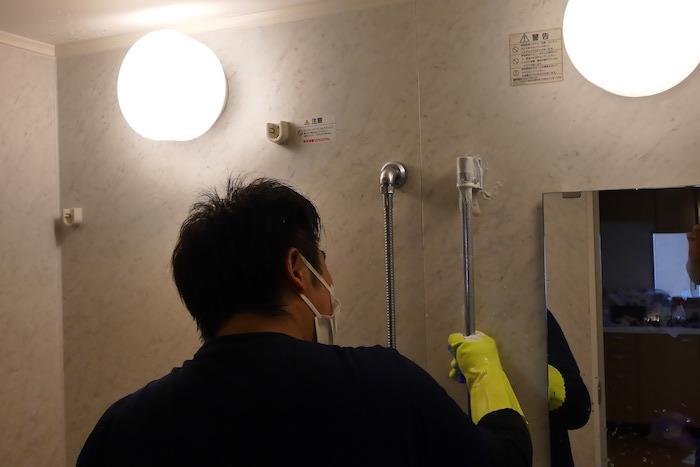 R2,1120バスルーム,浴室クリーニング中5