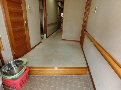 玄関廊下 (1)