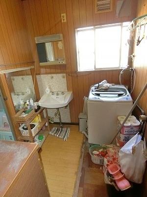 洗面化粧台交換 (3)