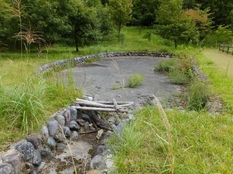 平林桜池の沈砂池