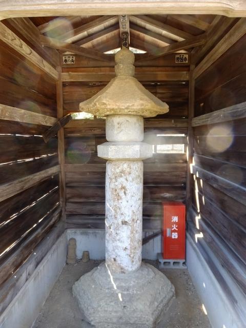 宝泉寺の石灯篭