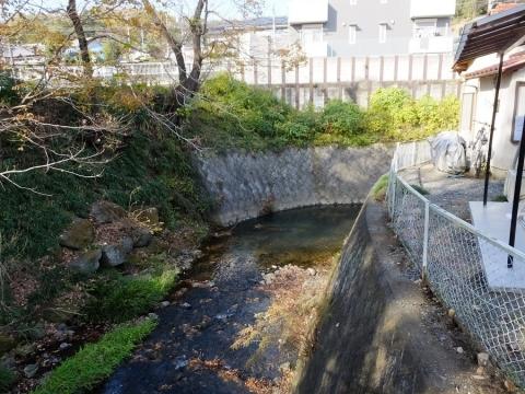 境川・町田街道開都バス停付近