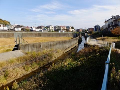 境川の本郷・根岸遊水地