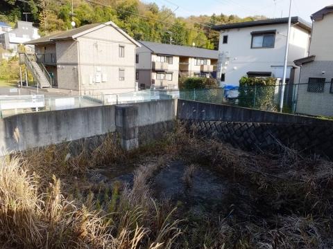真米川右岸の雨水調整池