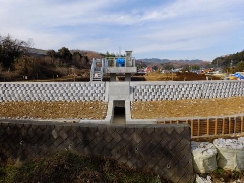 境川の風間遊水地・排水ゲート