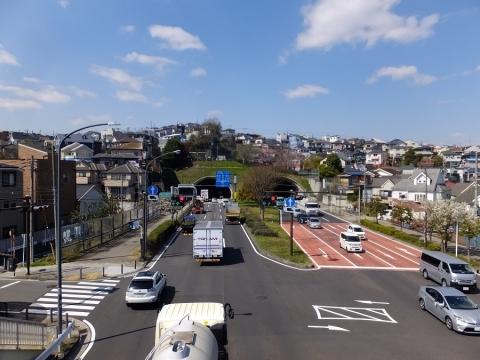 県道17号線・港南ひまわりトンネル