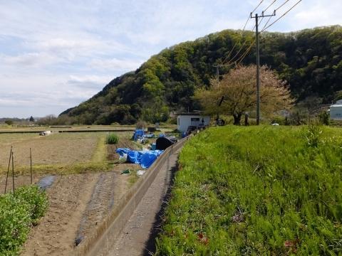 諏訪森下頭首工・ポンプ場から始まる用水路
