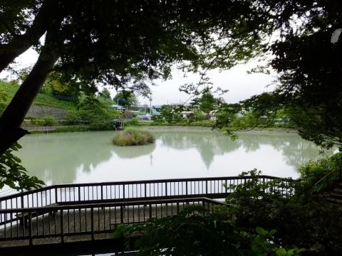 ため池百選・山梨県上野原市の月見が池