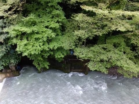 上野原用水取入口・棡原三二山鶴川右岸