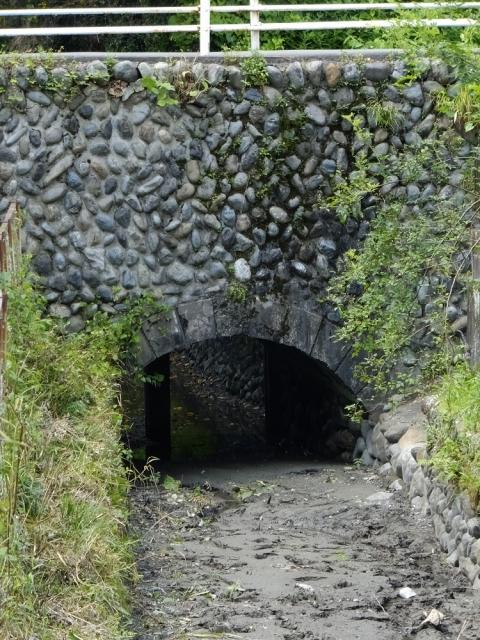 羽用水路の石橋