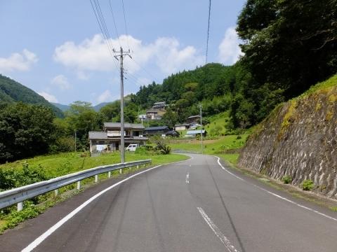 上野原市棡原小和田