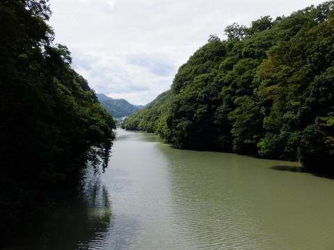境川橋より桂川上流の眺め