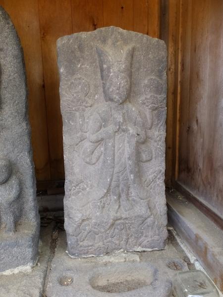 神明宮の庚申塔