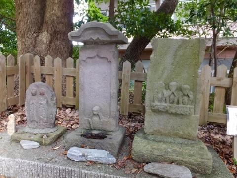 第六天神社の庚申塔