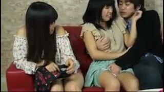 【エロ動画】卑猥でエロい美尻の素人の、フェラ羞恥イチャイチャプレイエロ動画。