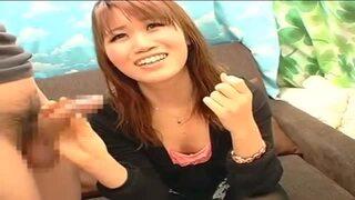 【変態】激カワな巨乳のギャル美少女の、手コキレイプ無許可中出し無料エロ動画。【フェラ、マッサージ動画】