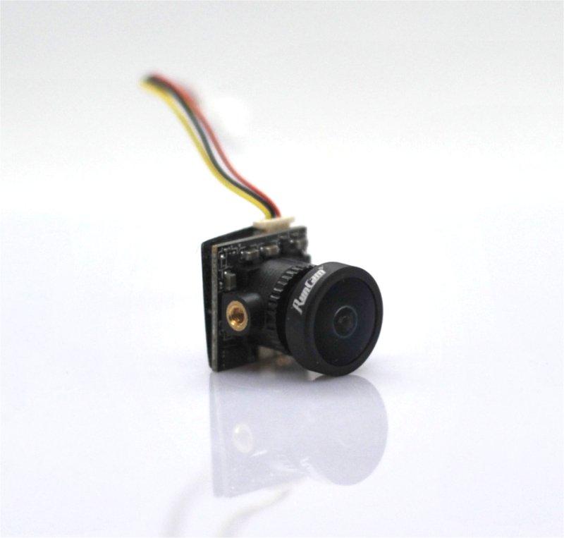自作ドローン: 65mm Pusher Whoopをつくる (5) / カメラ
