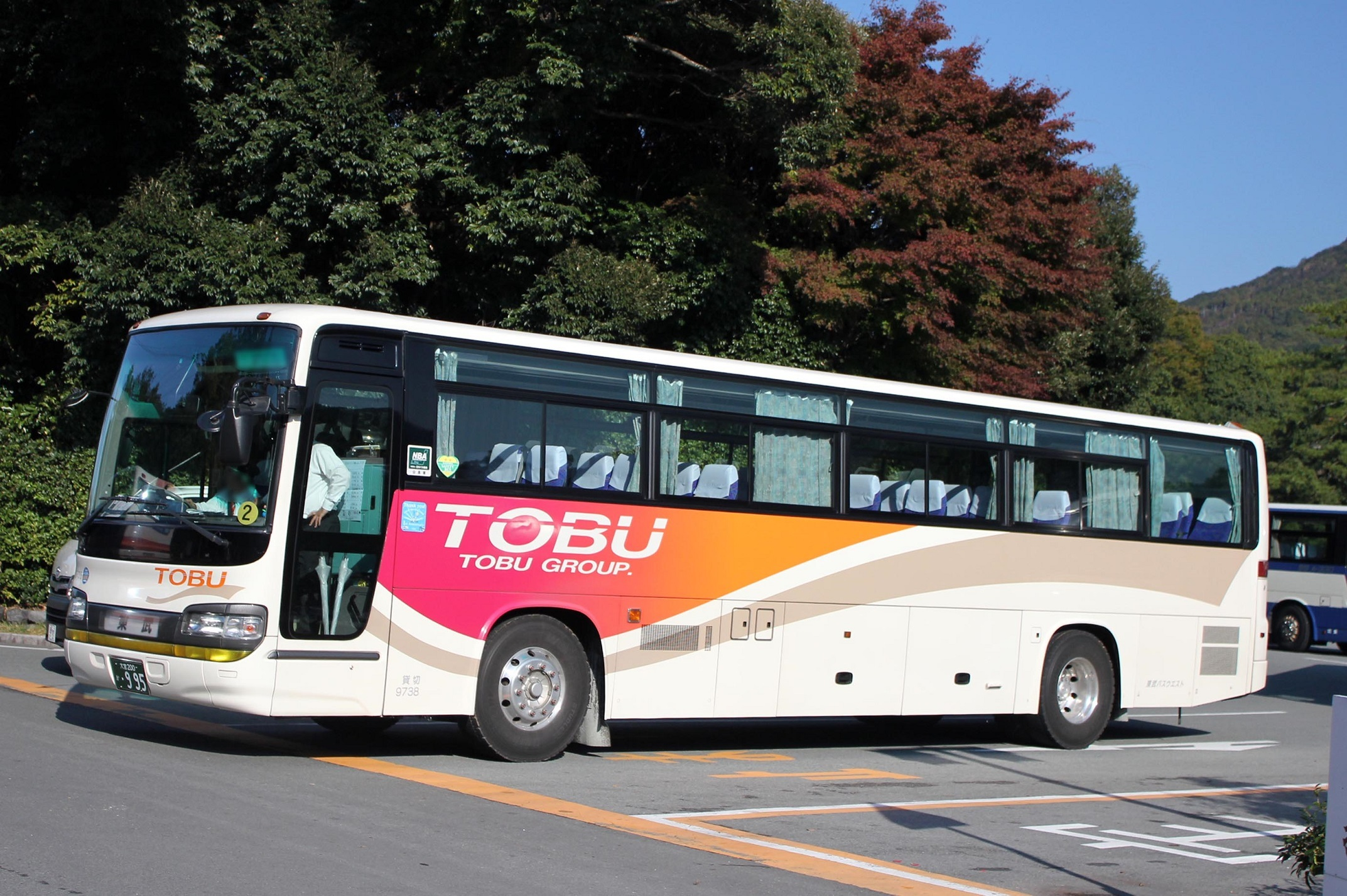 東武バスウエスト 9738