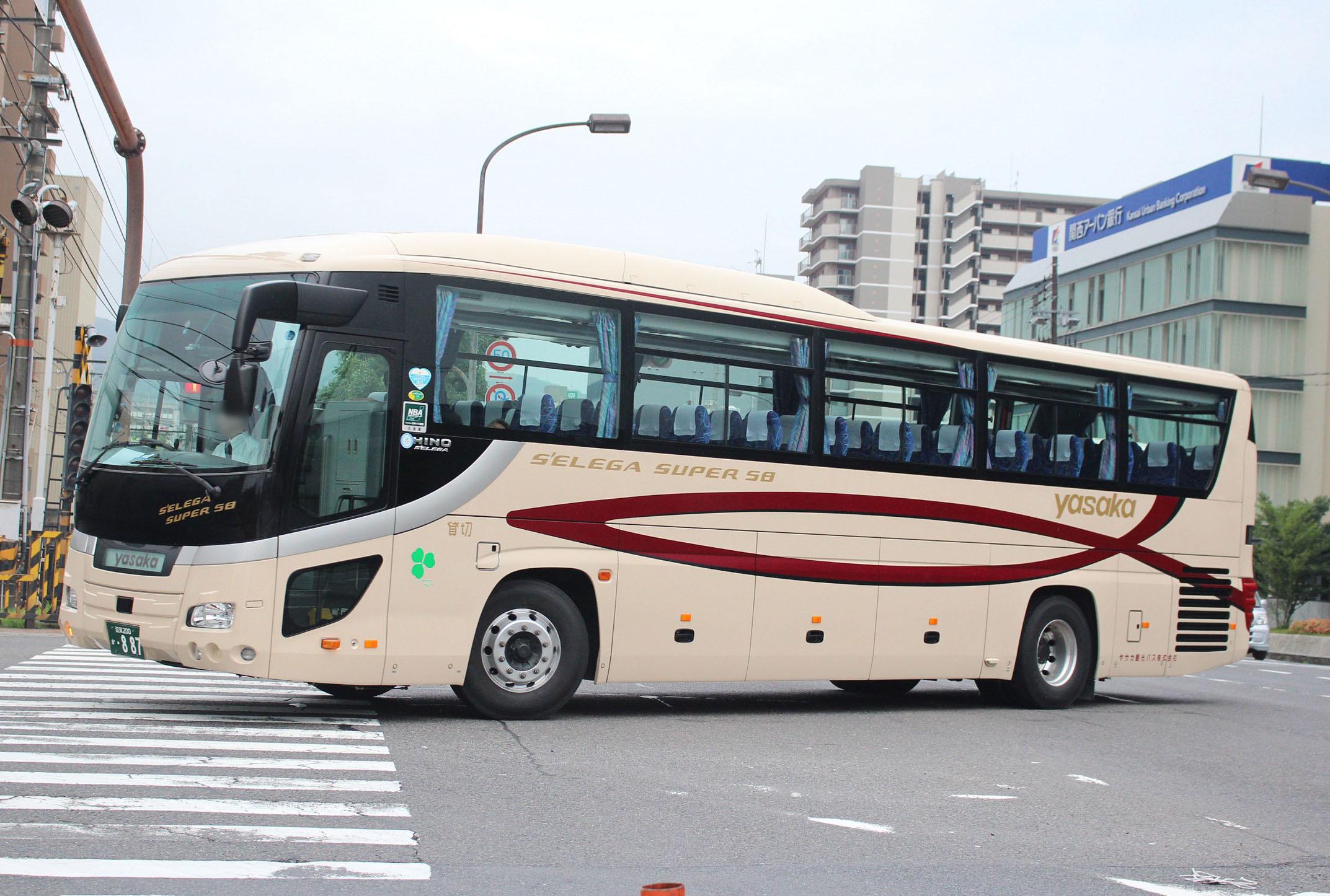 ヤサカ観光バス か887
