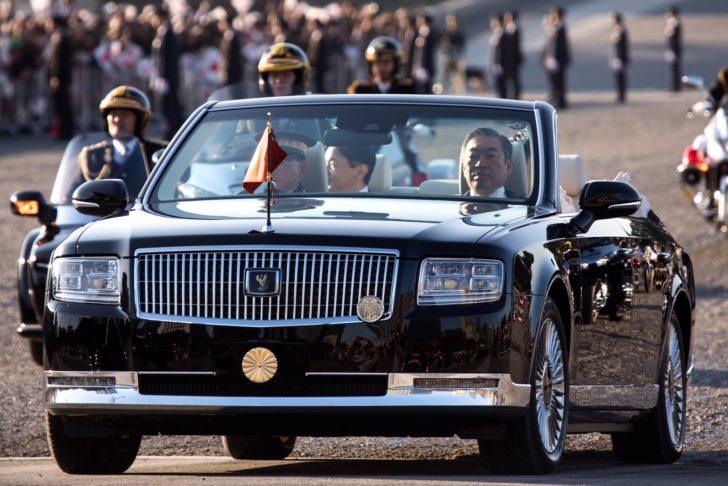 20191110_Emperors_parade_01-728x486.jpg
