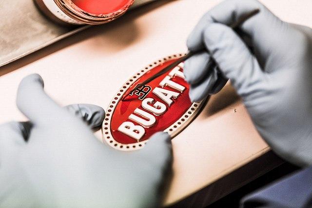 11_bugatti-macaron_manufacturing-process-5.jpg