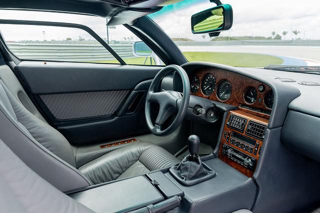 Bugatti-EB110-GT446464 (6)