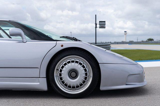 Bugatti-EB110-GT446464 (4)