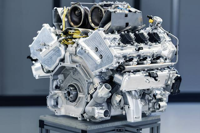 New_Aston_Martin_V6_Engine79348jpg (1)