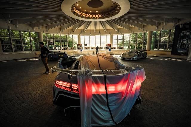 Bugatti-Centodieci-894 (1)