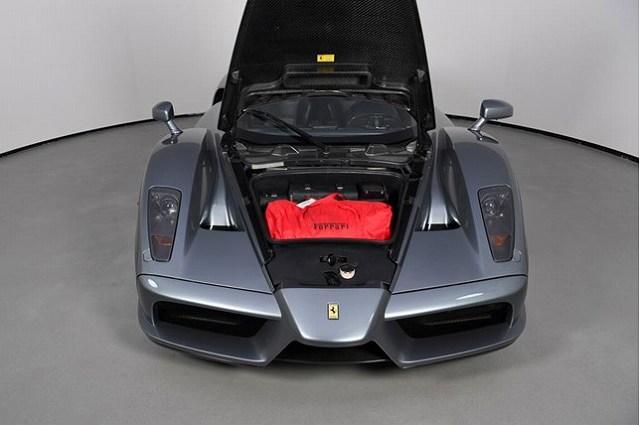 Grigio Titanio Metallic Enzo Ferrari (3)