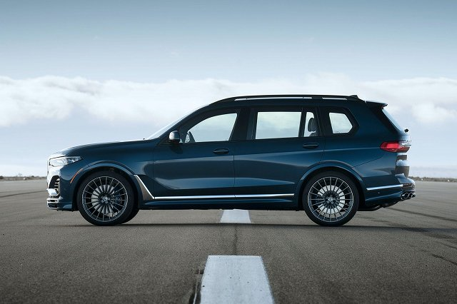 2021-BMW-アルピナXB7-1 (3)