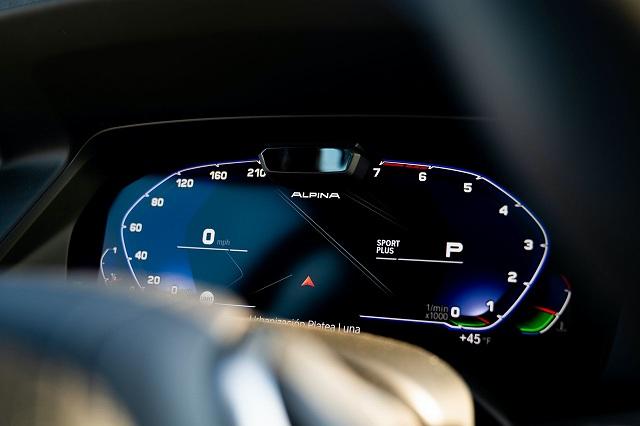2021-BMW-アルピナXB7-1 (6)