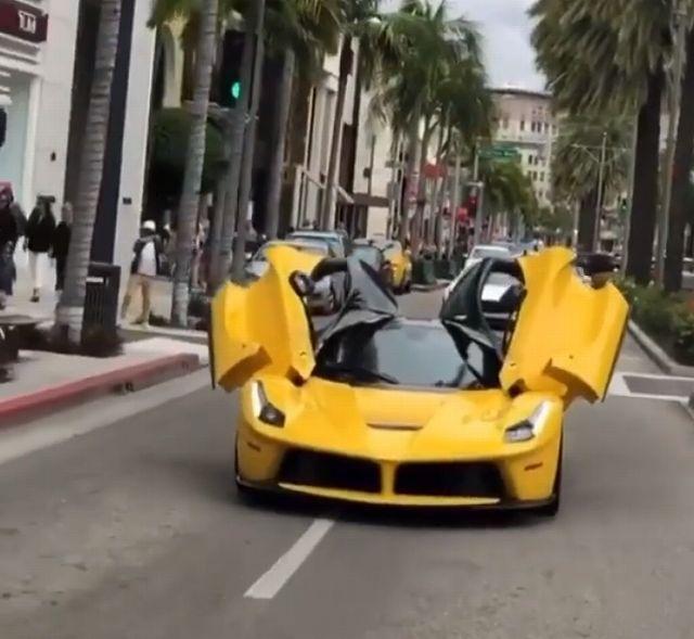 ラ・フェラーリ465445s